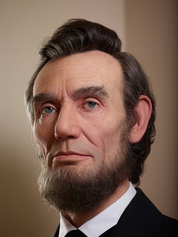 Shockingly Realistic Sculpture Portrays Abraham Lincoln 1
