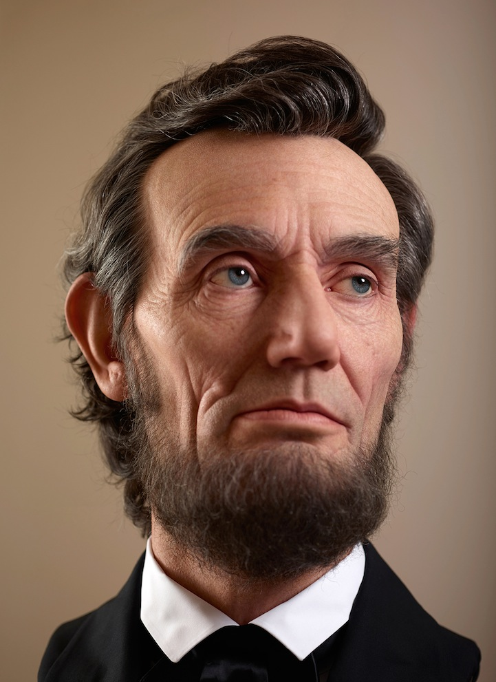 Shockingly Realistic Sculpture Portrays Abraham Lincoln 3