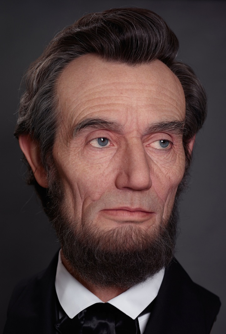 Shockingly Realistic Sculpture Portrays Abraham Lincoln 4