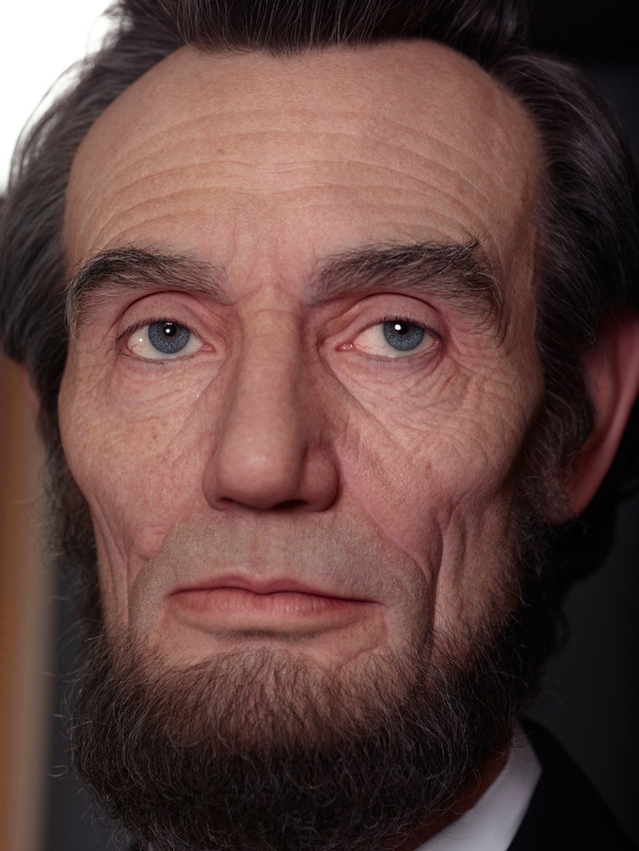 Shockingly Realistic Sculpture Portrays Abraham Lincoln 5