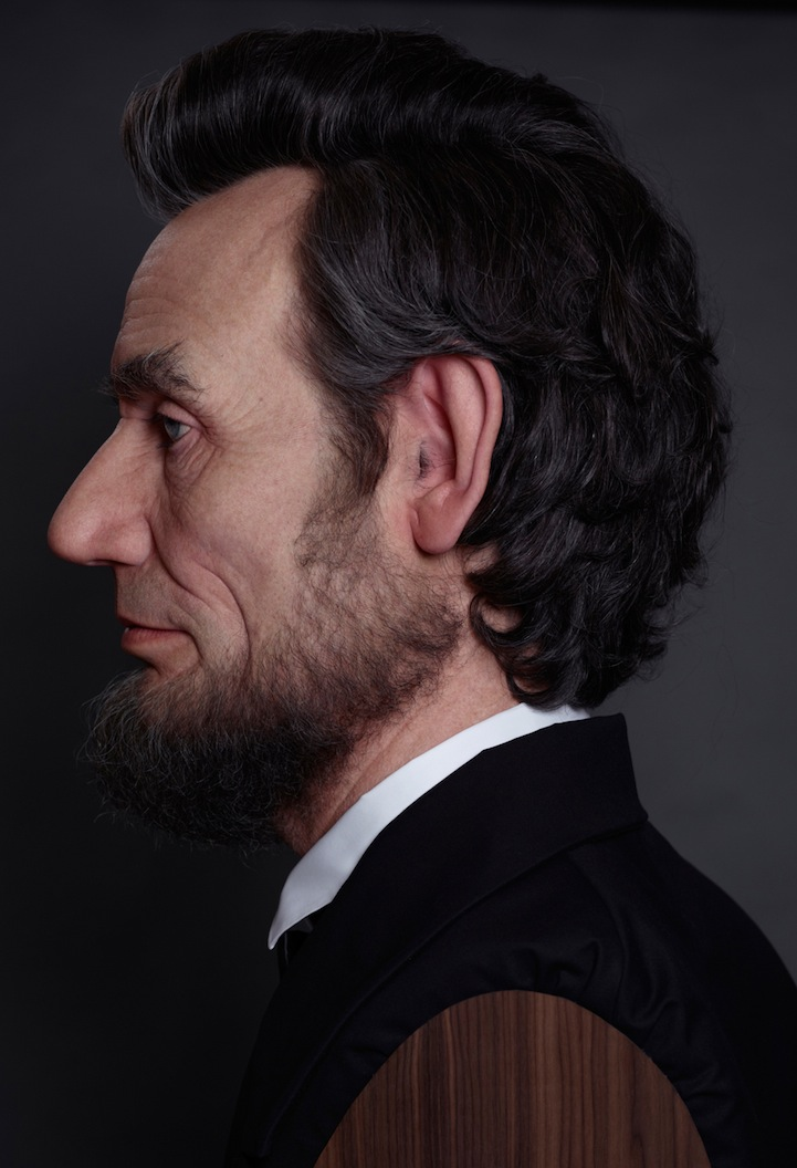 Shockingly Realistic Sculpture Portrays Abraham Lincoln 6